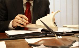 Abogado derecho penal, la pieza clave para solucionar un problema con la justicia